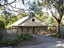 Welsumer Lodge, Roosters Rest Self-Contained Holiday Accommodation, Port Sorell, North West Coast Tasmania, Australia